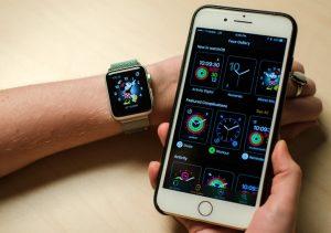 Apple Watch 2: смарт-часы будут с поддержкой сотовой связи