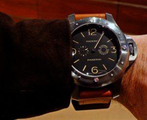 Мужские керамические часы. Будь особенным